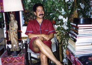 Reynaldo Alejandro in his NYC apartment, mid-1980s.