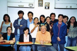 Paul with students in playwriting class at De La Salle University, 2005.