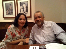 Ray and Daity Salvosa in Makati restaurant, January 2009.