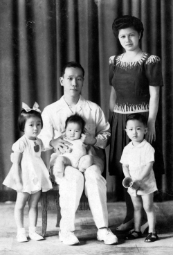 Family photo in studio, 1944.