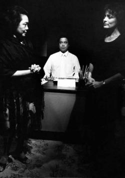 Alberto Isaac with Estelle Bennett and Jane Ellen.